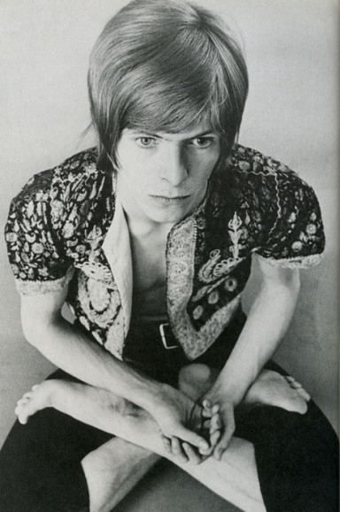 david-bowie-lotus-yoga