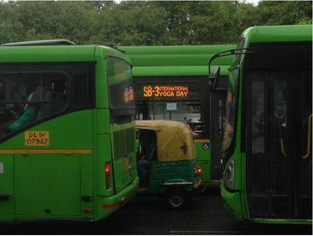 bus_2446345a