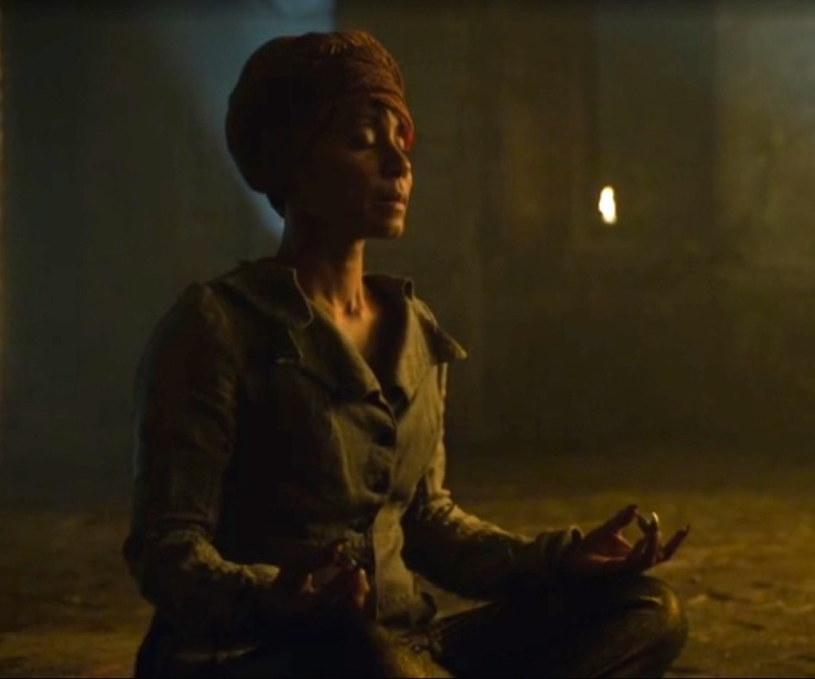 gotham_fish_mooney_Jada_Pinkett_Smith_meditation