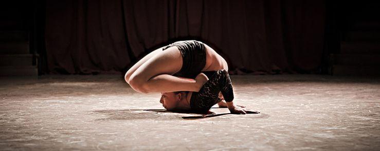 elodie_guezou_contorsionniste